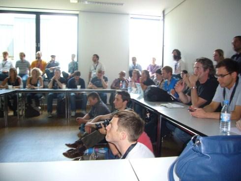 Der Vortrag war gut besucht.