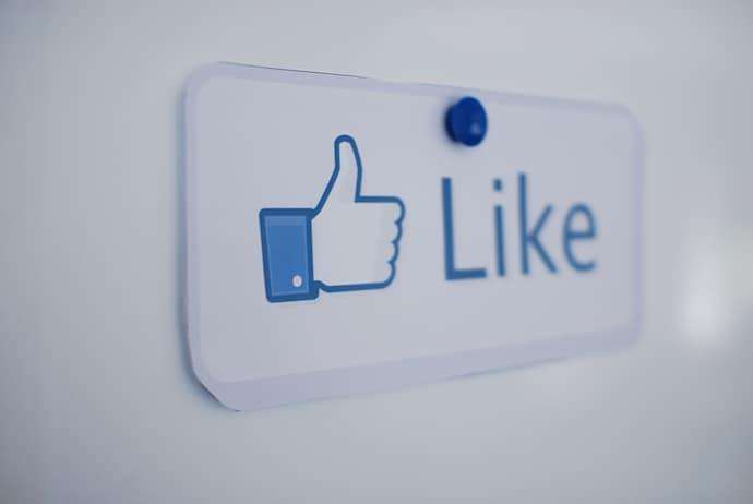 Like_Status