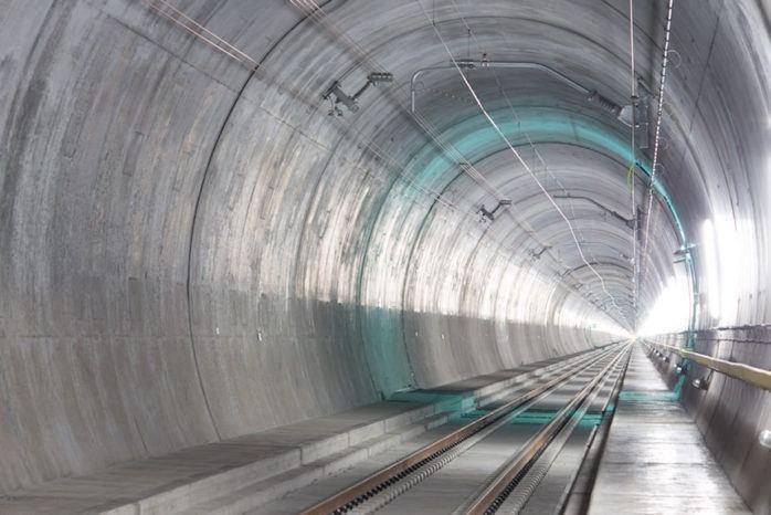 Gotthard-Basistunnel Sprachguide Tessin
