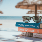 6 Bücher, mit denen Ihre Ferien garantiert nicht erholsam werden